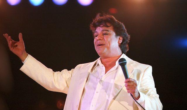 371733 01: International music star Juan