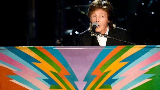 Paul McCartney Dado de Alta