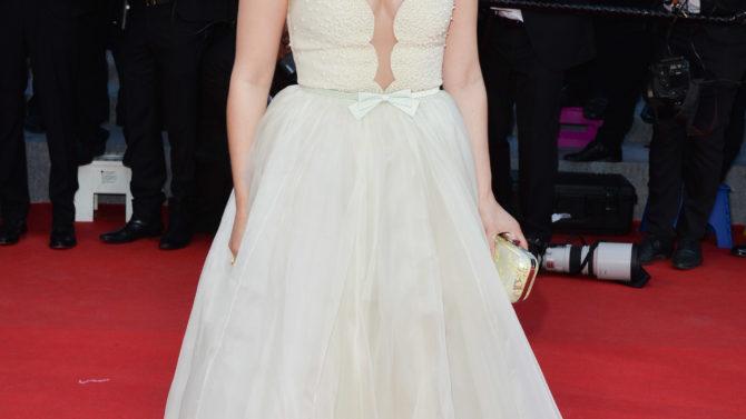 America Ferrera Cannes vestido alfombra roja