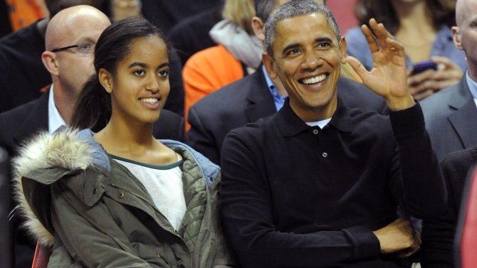 Maria Obama en set de Extant