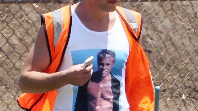 Vitalii Sediuk con Camisa de Brad