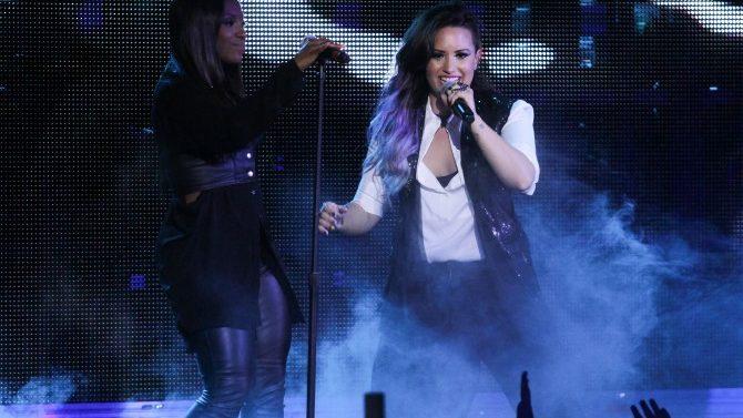 Demi Lovato Presenta Desfile LGBTQ En