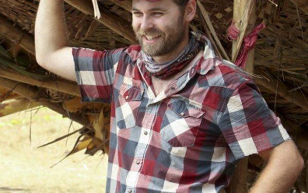 Muere Caleb Bankston