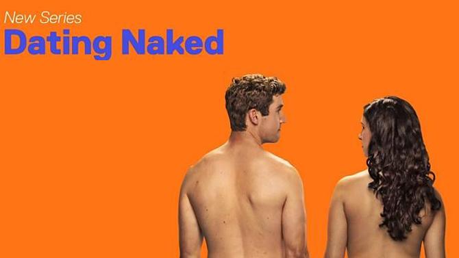 Concursante de 'Dating Naked' demanda a