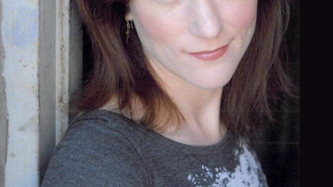 Muere actriz de Chicago Fire golpeada