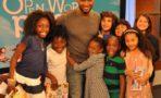 Usher Iniciativa Scholastic Open A World