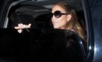 Jennifer Lopez choca carro