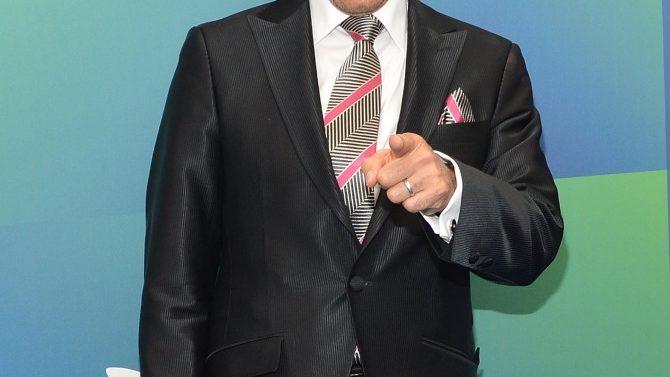 Eugenio Derbez Galardonado Latinos De Hoy