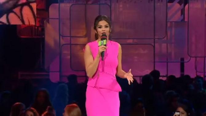 Selena Gomez da emocionante discurso en