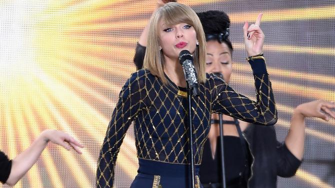 Taylor Swift supera el millón de