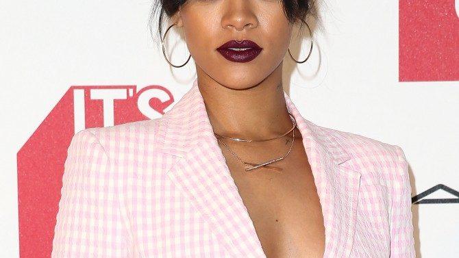 Rihanna Comparte Nueva Musica