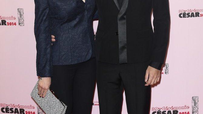 Scarlett Johansson Se Casa Con Romain