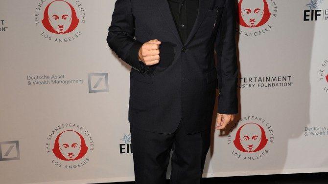 Val Kilmer Responde a Reportes Tumor
