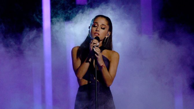 Ariana Grande Comparte Video De Abuelito