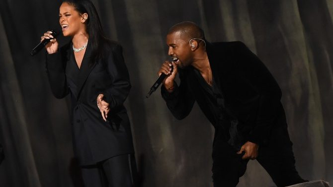 Kanye Rihanna Gira Juntos