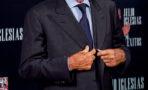 Julio Iglesias operado en la espalda