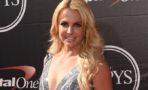 Britney Spears dona vestido de los