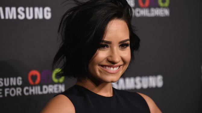 Demi Lovato visabuela Muere