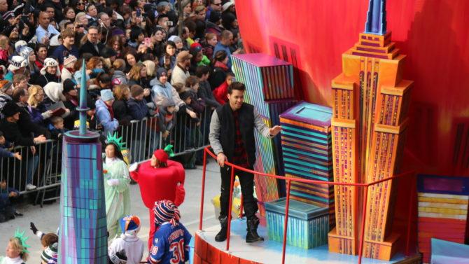 Macy's Thanksgiving Day Parade latinos