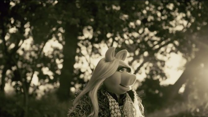 Miss Piggy Hello Adele video