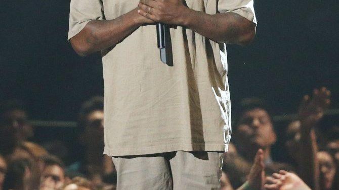 Kanye West Nombrado Hombre Con más