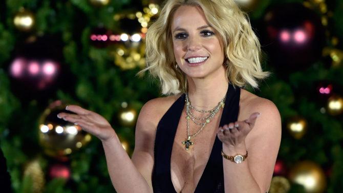 Britney Spears cumpleaños fiesta sorpresa Miley