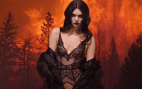 Kendall Jenner en calendario de la