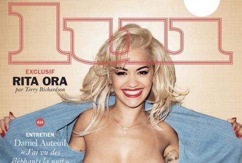 Rita Ora aparece topless en la