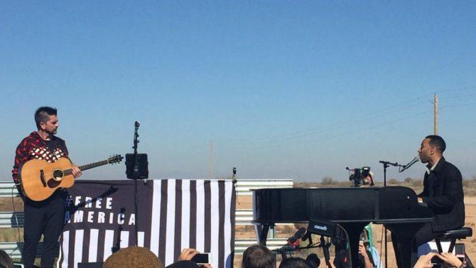 Juanes y John Legend ofrecen concierto