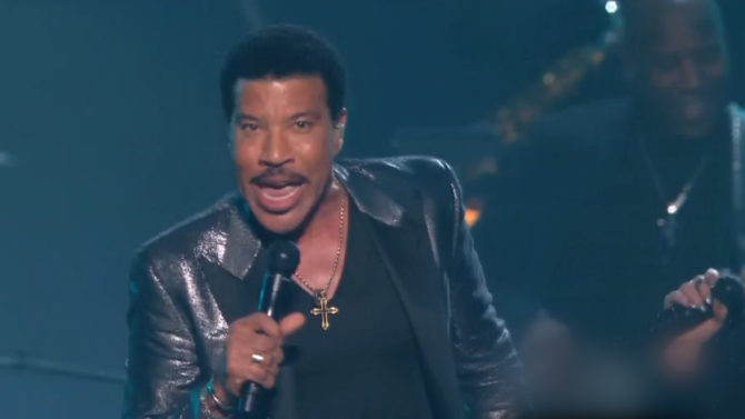 Lionel Richie en los Grammy Awards