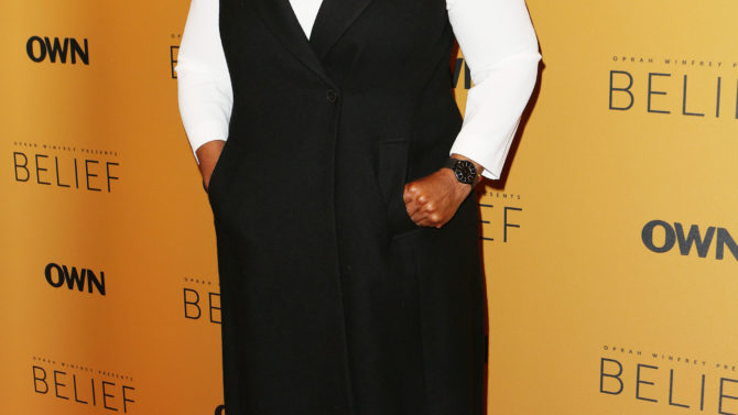 Oprah responde al ser confundida con