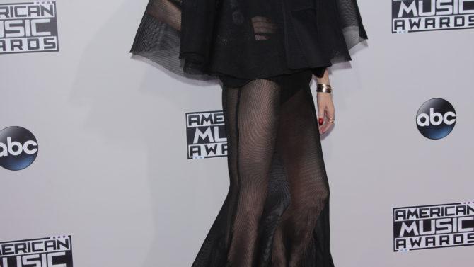Gwen Stefani revela detalles de su
