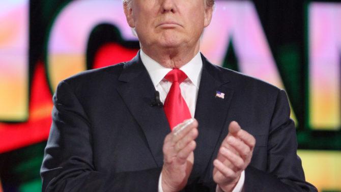Donald Trump nominado al Premio Nobel