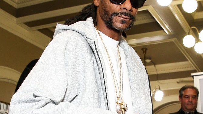 Snoop Dogg en videos de Burger