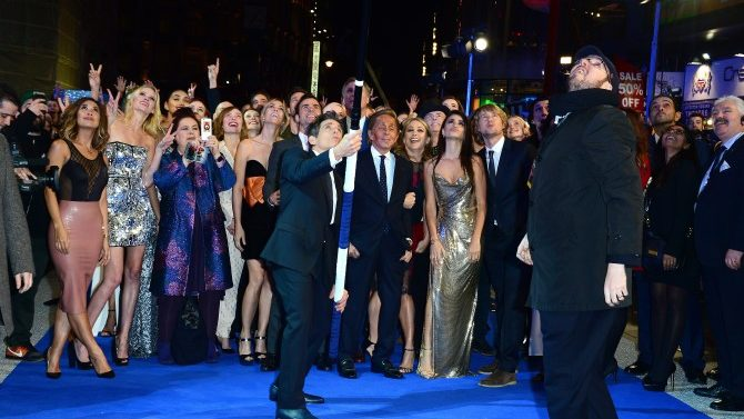 Ben Stiller Breaks Selfie Stick World