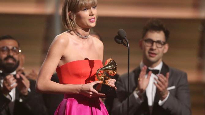 Taylor Swift llora tras su presentación