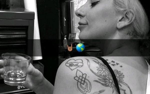 Lady Gaga y sobrevivientes de abuso