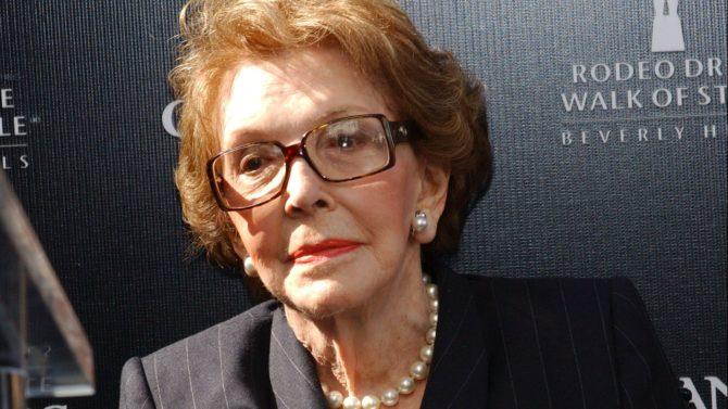 Muere Nancy Reagan, exprimera dama de