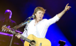 Paul McCartney le rinde tributo a