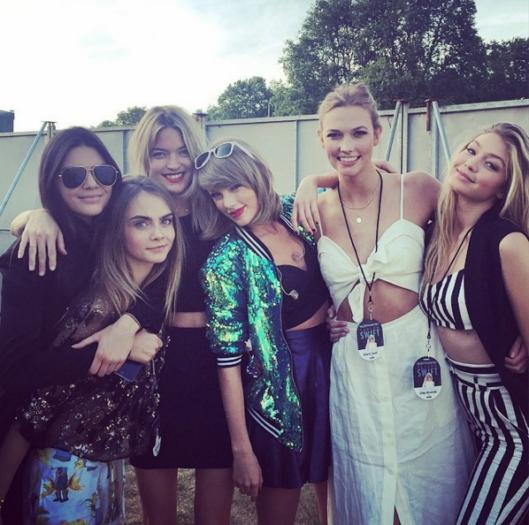 Kendall Jenner, Cara Delevingne, Martha Hunt, Taylor Swift, Karlie Kloss y Gigi Hadid