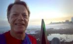 Eddie Izzard corrió 27 maratones en