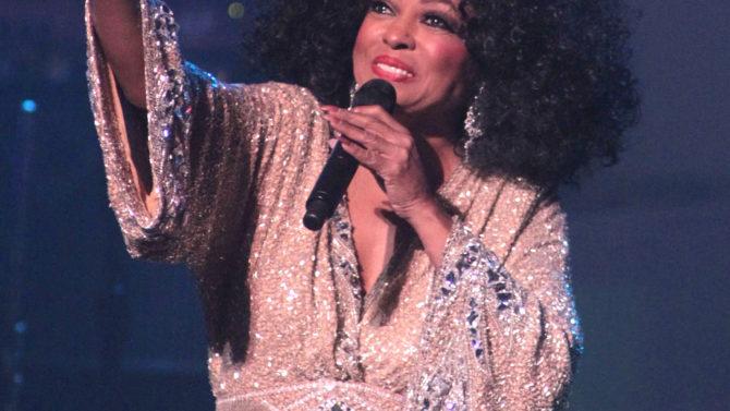 Diana Ross Diana Ross Performs at