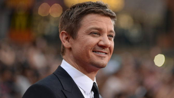 Jeremy Renner dice que a Hollywood