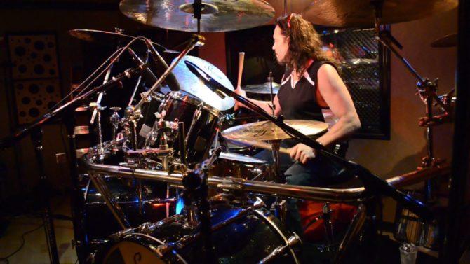 Nick Menza, ex baterista de Megadeth,