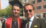 Maria Shriver y Arnold Schwarzenegger asisten