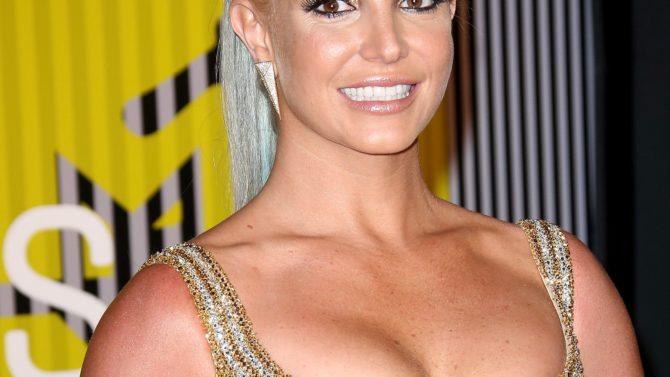Britney Spears le escribe una emotiva