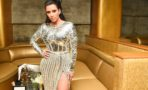 Kim Kardashian recibe un regalo de