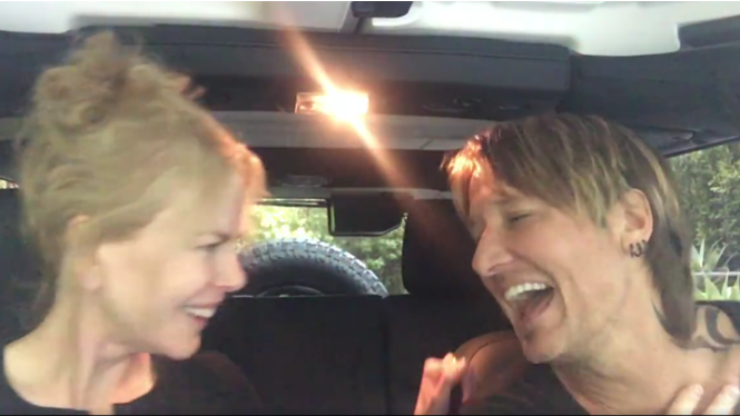 Nicole Kidman y Keith Urban cantan