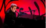 Elton John se unen al elenco