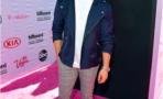 Nick Jonas le juega bromas a